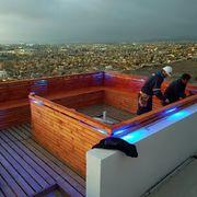 terraza en edificio proyecto en madera