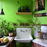 Paredes pintadas de verde