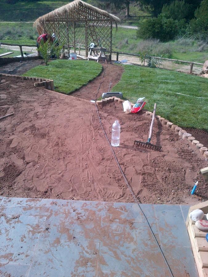 Foto 15 preparaci n jard n de constructora e immoviliaria for Preparacion de jardines