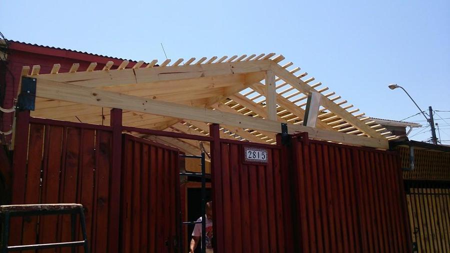 Cobertizo en madera ideas remodelaci n casa for Cobertizo de madera tratada