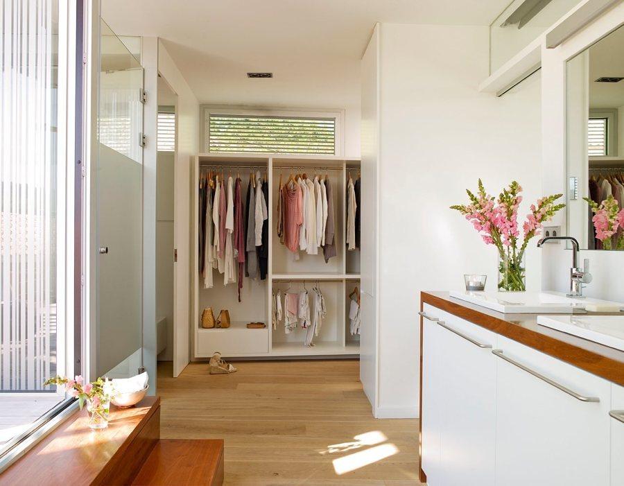 Baño con closet