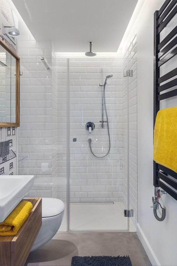 Baño con radiador toallero