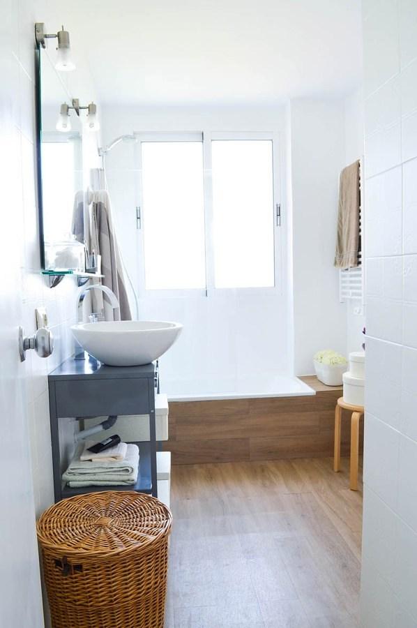 Baño de estilo escandinavo