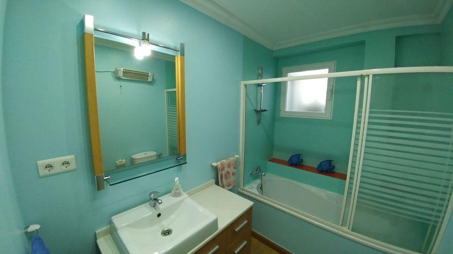 baño pintado color pastel