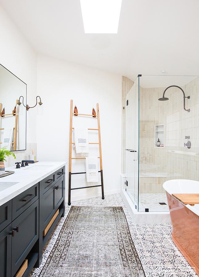 Baño retro remodelado