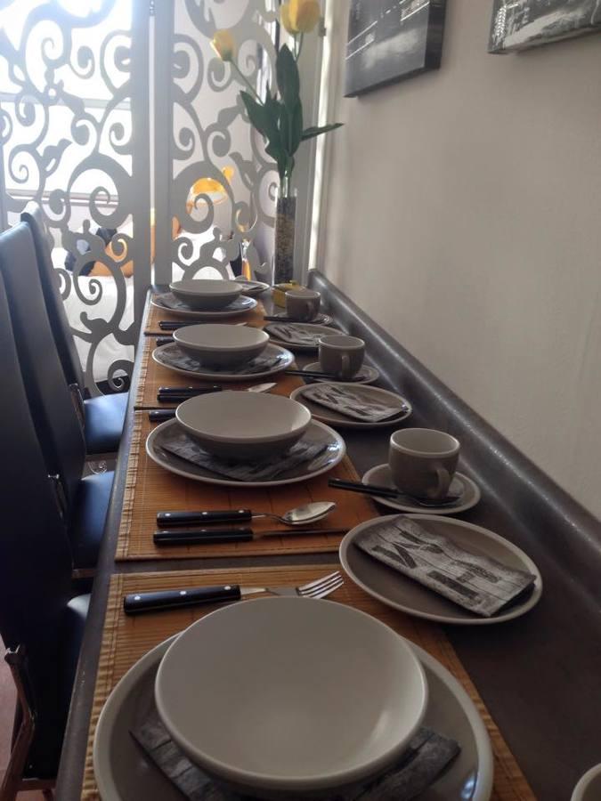 Foto barra de comedor de kokoro 124266 habitissimo for Barra de comedor