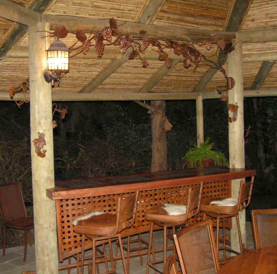 Dise o de terrazas ideas dise o de interiores for Barras para bares rusticos