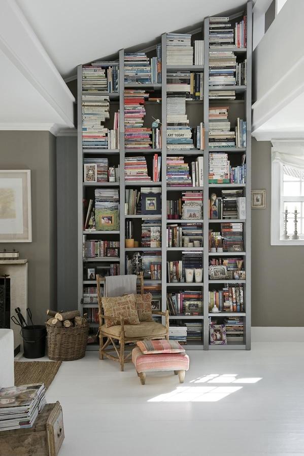 biblioteca casa