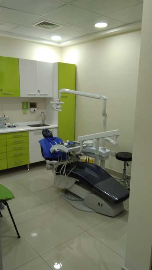 Box dental