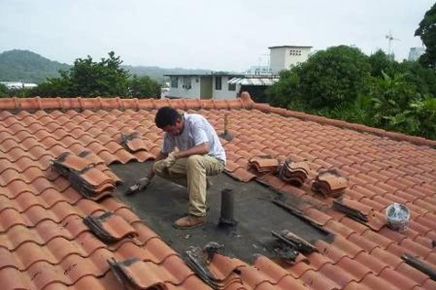 Foto cambio de techumbre de cyf proyectos 116628 for Tejados sin tejas