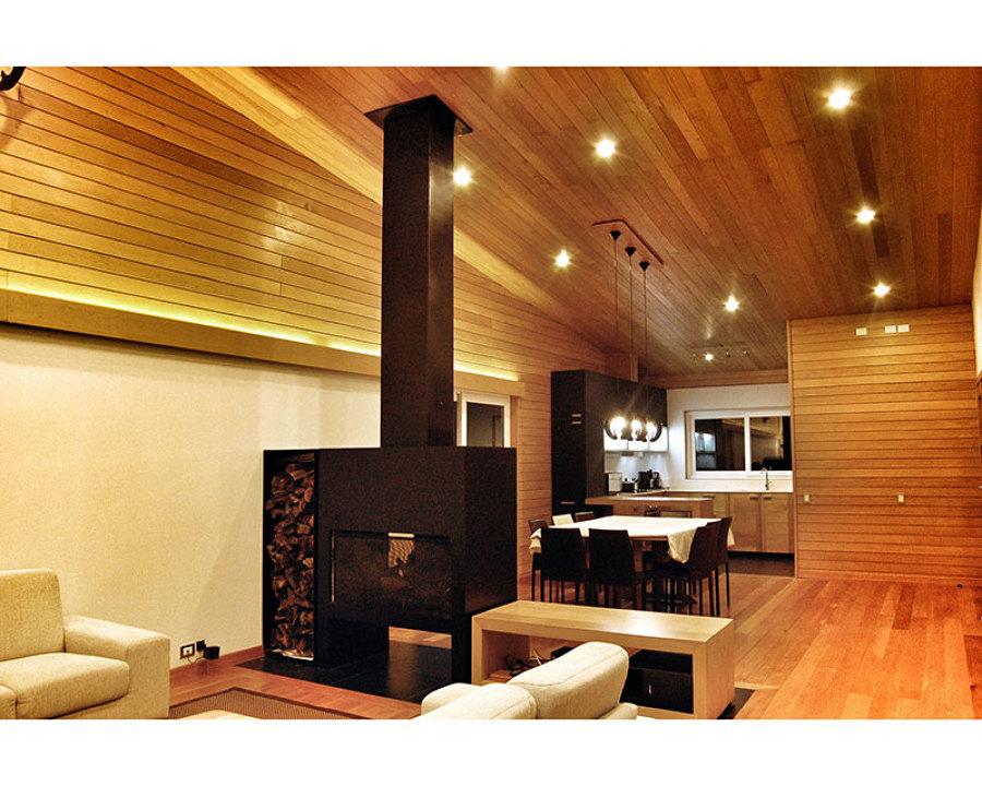 Casa en el Lago Rupanco- Vista interior living