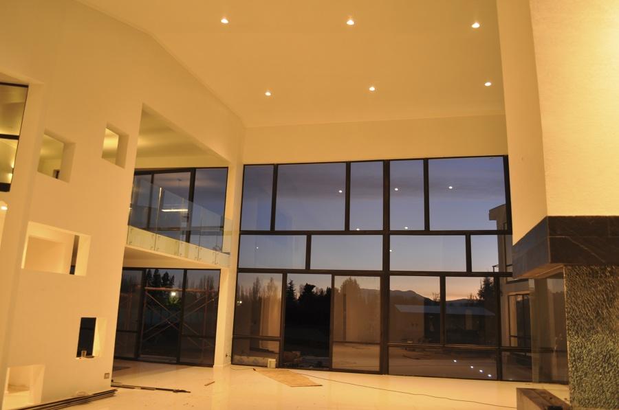 Foto casa vasconcellos de othz constructora 65848 for Sala de estar noche