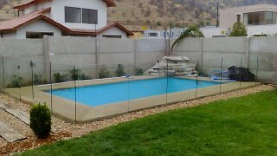 Cierre de piscina en vidrio templado ideas construcci n - Vidrio para piscinas ...