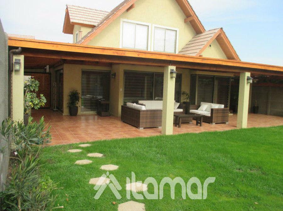 Cobertizo con pilares de concreto ideas remodelaci n casa for Cobertizo de madera ideas de disenos