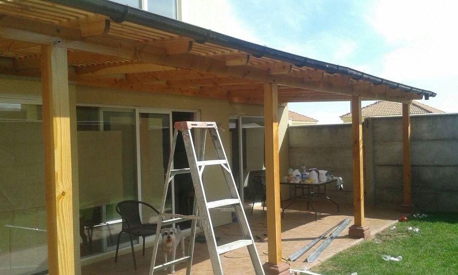 Cobertizos delantero y trasero ideas construcci n casa for Cobertizo de madera para terraza