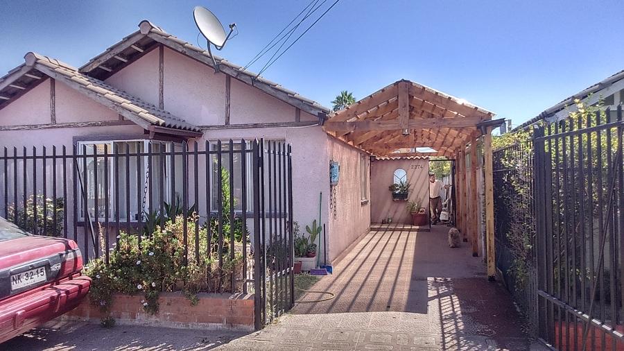 Cobertizo de madera y techo de policarbonato ideas for Cobertizos de casas