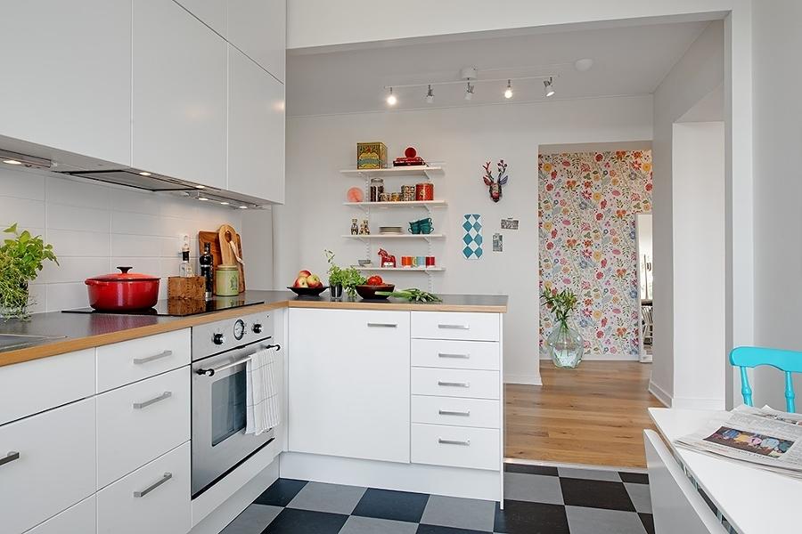 8 cocinas muy bien aprovechadas en departamentos peque os for Cocinas en departamentos pequenos