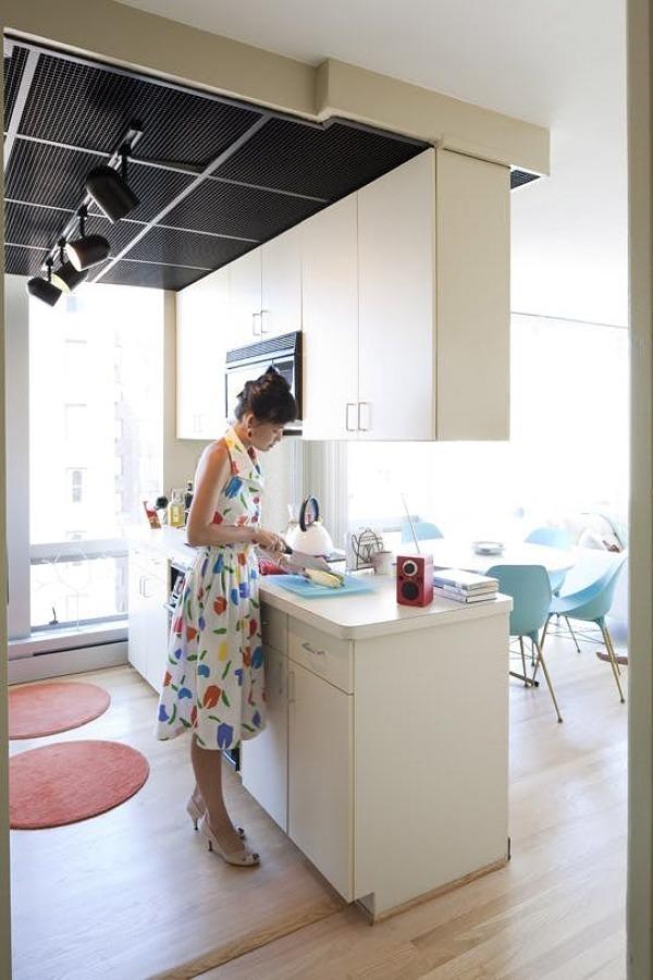 Cocina con muebles suspendidos
