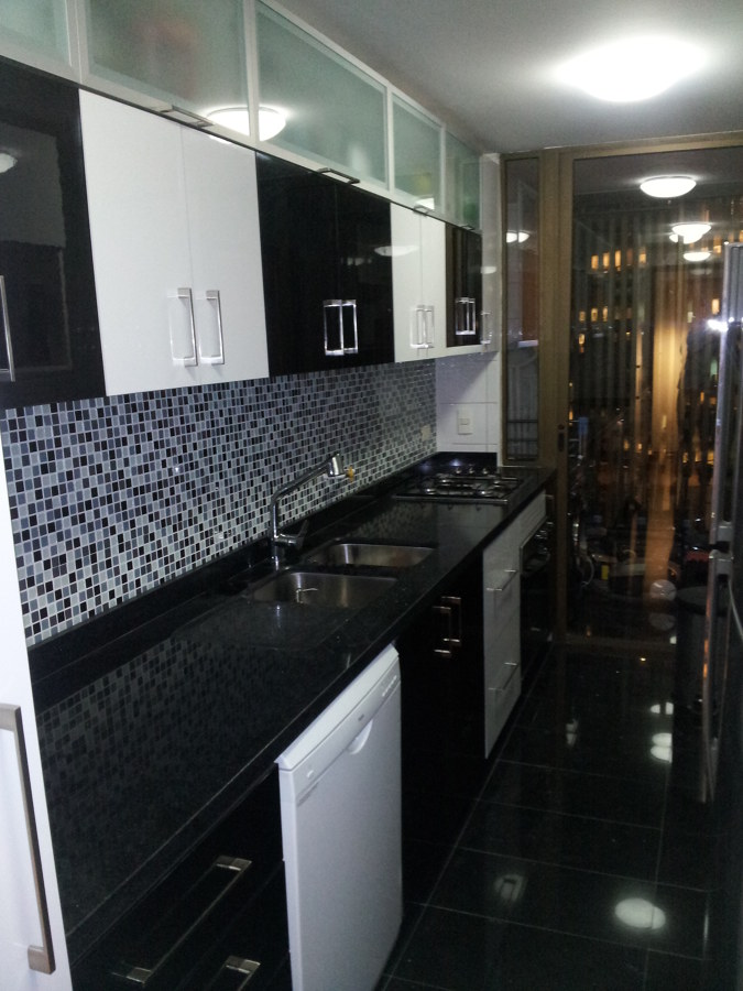 Remodelacion cocina fernando b ideas remodelaci n cocina for Marmol color negro brasil