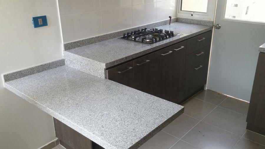 Foto cocina gris mara de marmolesac 103506 habitissimo for Imagenes de mesadas de marmol