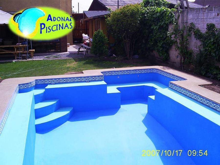 Foto construcci n de piscinas de adonai piscinas 63111 for Construccion de piscinas en santiago