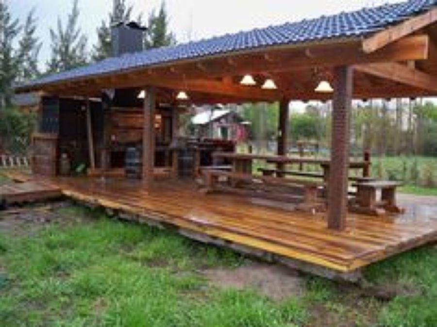 Foto construcci n quincho al aire libre de for Fogones rusticos en ladrillo