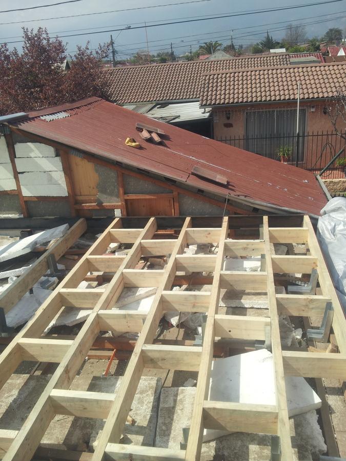 Ampliacion segundo piso ideas arquitectos for Materiales para hacer un piso