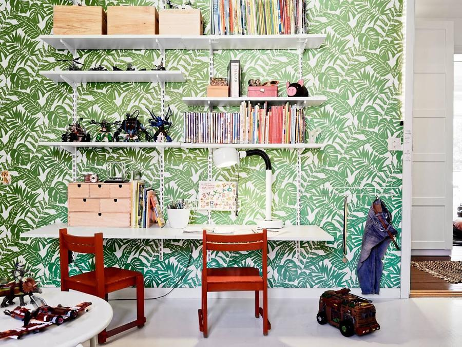 Dormitorio niños con papel pintado botánico