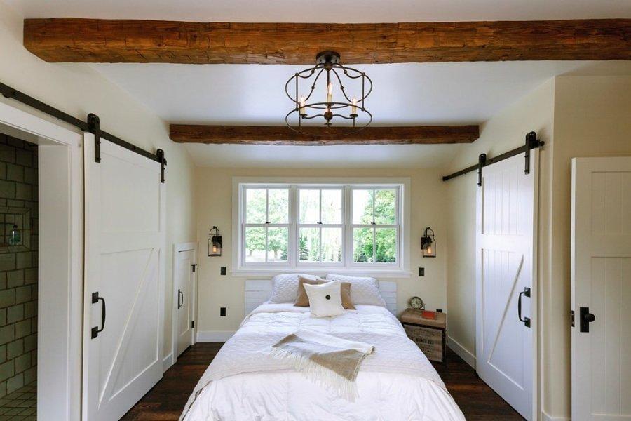 dormitorios con vigas de madera