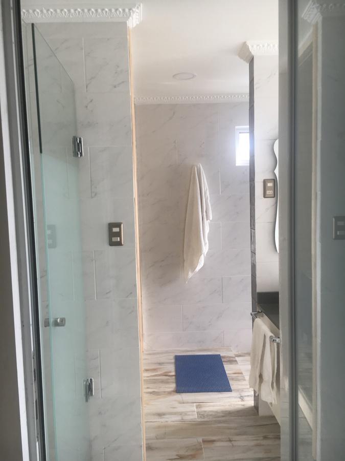 Entrada al cuarto de baño