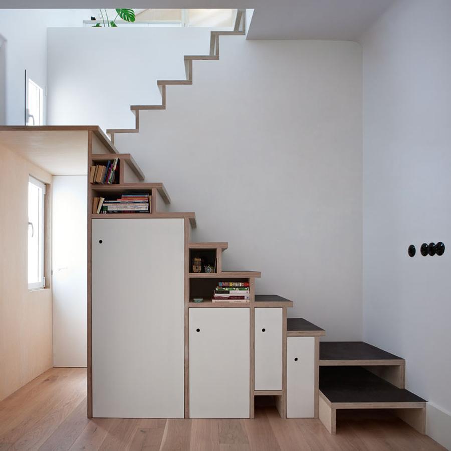 Escalera contrachapado