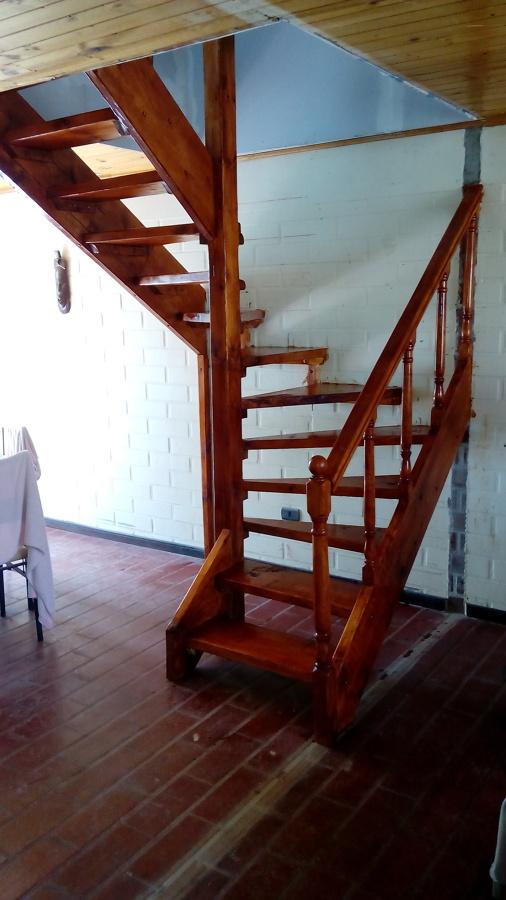 Ampliacion segundo piso casa habitaci n proyectos for Como hacer una escalera de madera para segundo piso