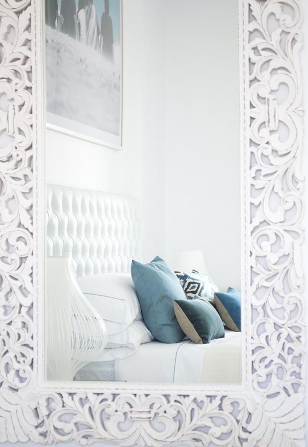 Espejo en el dormitorio