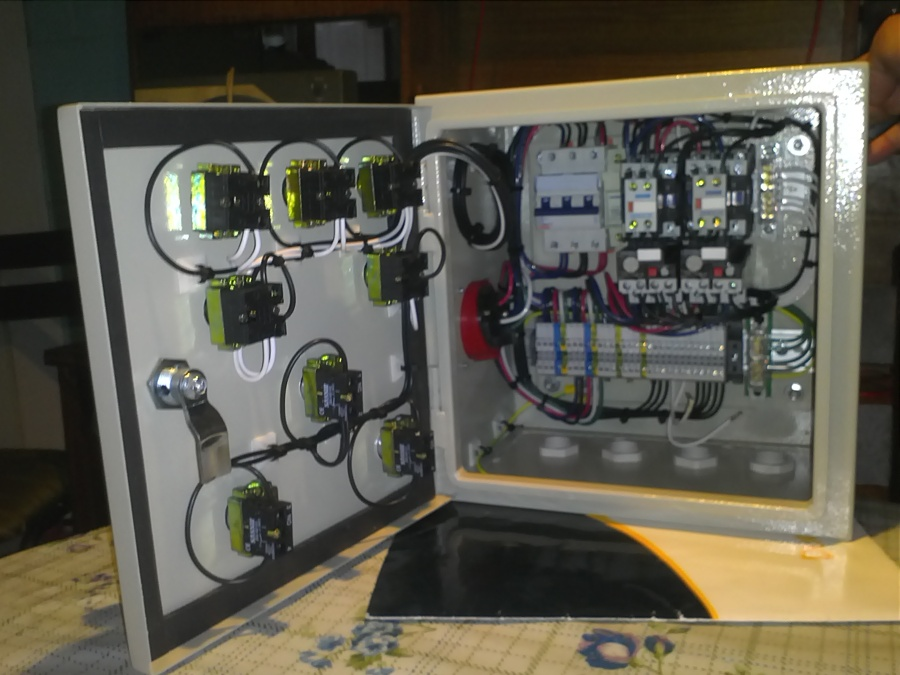 Fabricacion tableros electricos con dos contactos