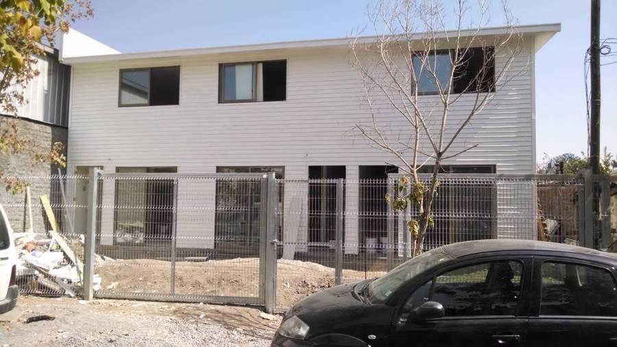 Fachada casa 224 m2 en construcción.