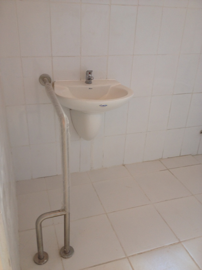Foto Habilitaci N De Ba O Para Discapacitados De