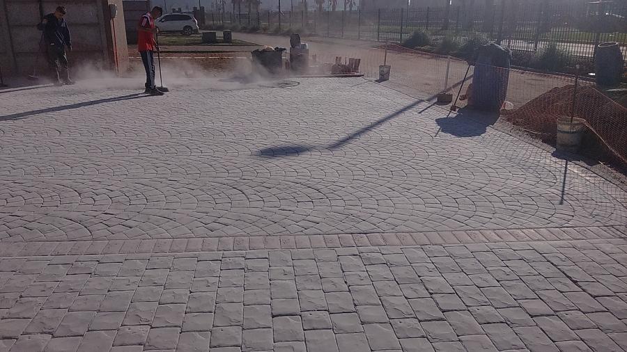 Foto hormigon estampado de construcciones carbacho 98517 for Estampado de hormigon
