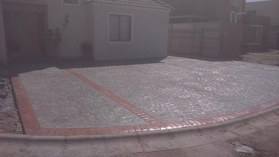 Foto hormigon estampado de construcciones carbacho 98518 for Estampado de hormigon