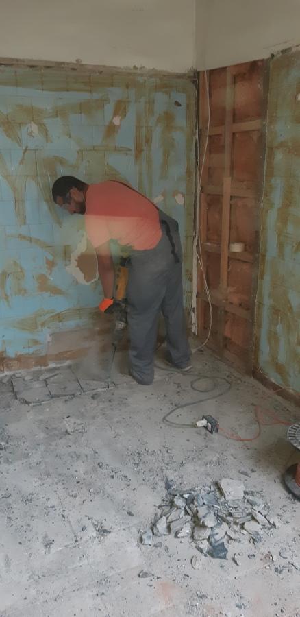 Iniciando trabajos de Demolición