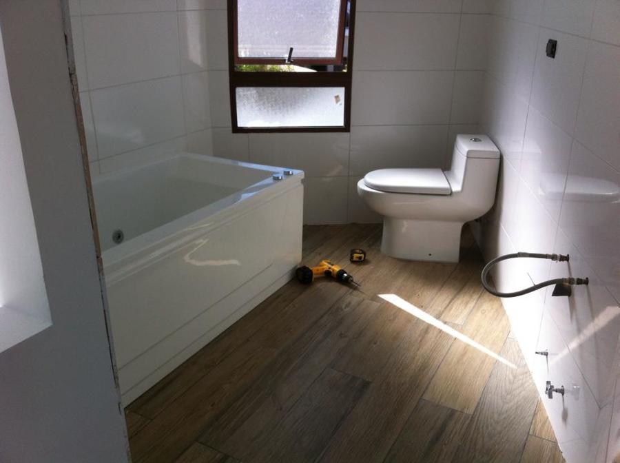 Ba o segundo piso ideas remodelaci n casa for Artefactos bano precios