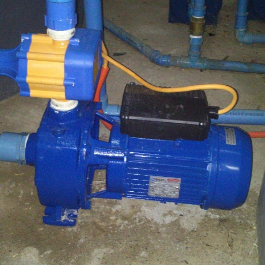 Foto instalacion de bomba de agua periferica de felipe - Bomba para agua ...