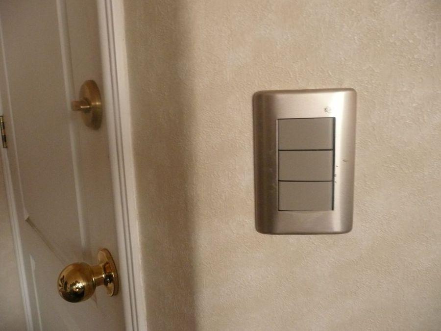 Foto instalaci n de enchufes e interruptores de bmb - Enchufes e interruptores ...