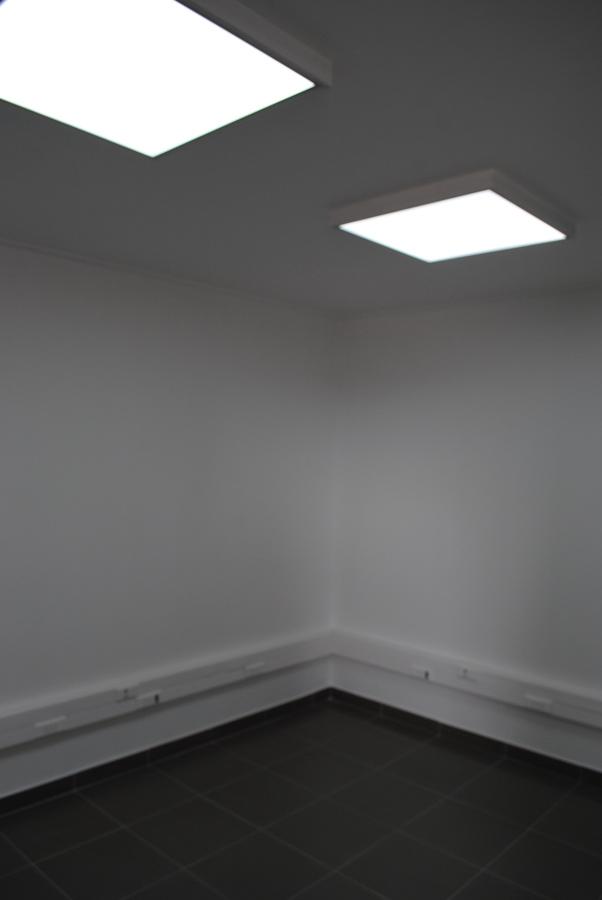 Instalacion de iluminacion, pintura, cielo y porcelanato.