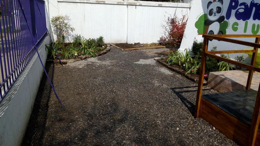 instalación de macizos y plantas