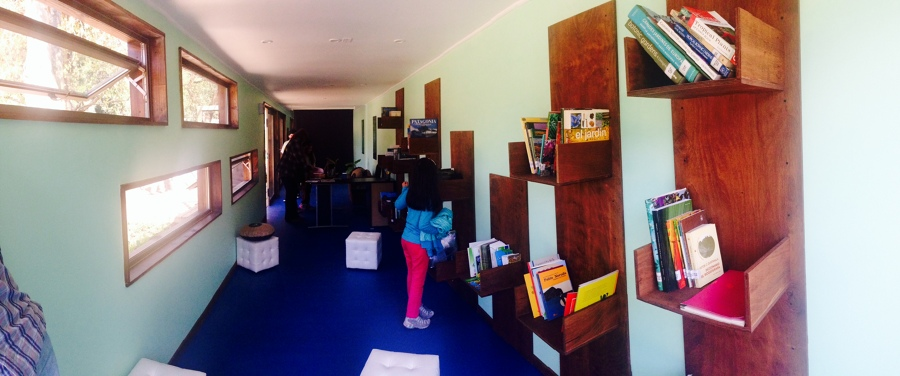 Interior espacio de almacenamiento__Biblioteca infantil del Medio Ambiente