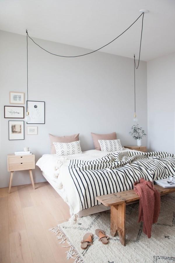 Lámpara colgante en dormitorio