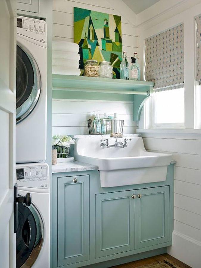 Lavadora con armarios en color pastel