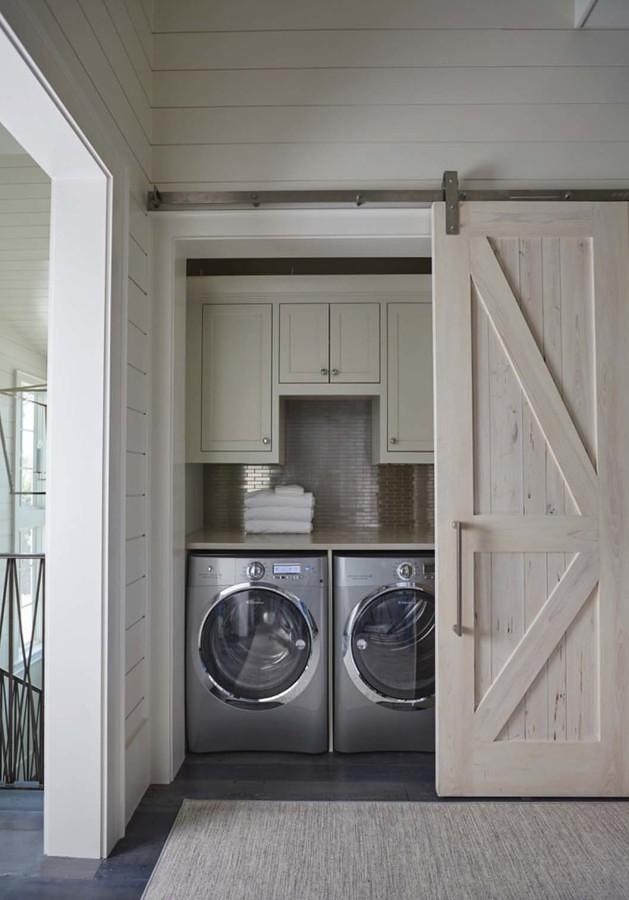 Lavadora con puerta de granero