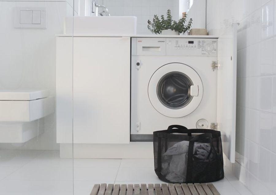 Foto lavadora dentro del mueble vanitorio 187669 for Mueble lavadora