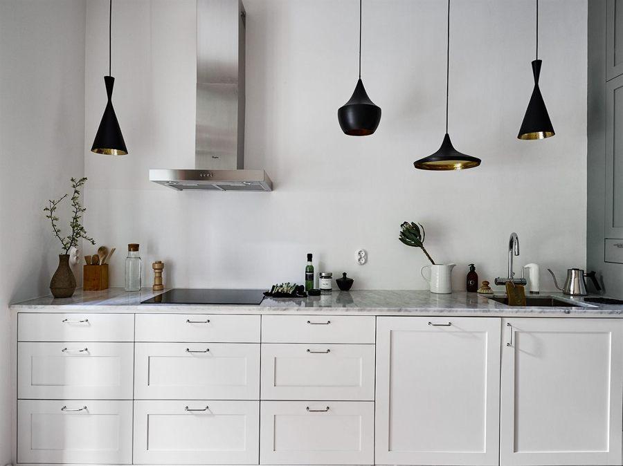 iluminar cocina con lámparas colgantes